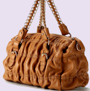 VIP women handbags, leather fashion accessories manufacturing industry for leather handbags distributors in United States, Italy wholesalers, Germany and France handbags companies, China, England UK, Germany, Austria, Canada, Saudi Arabia wholesale business to business, we offer high finished level, exclusive handbags designed and manufacturing pricing... Leather Handbags manufacturer
